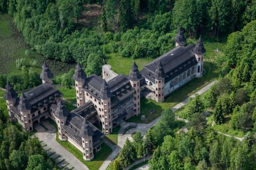 2,hotel kartuzy,zamek łapalice,nocleg na kaszubach,pokoje kaszuby