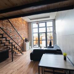 Apartament z antresolą 9